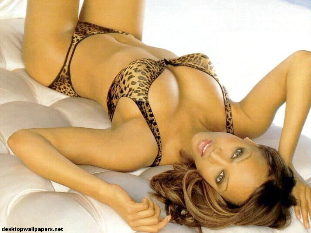 tyra banks Supermodels Wallpaper Beautiful Models